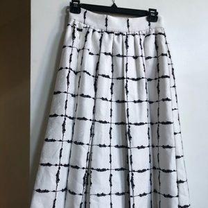 BcbGeneration New Box Pleat skirt - Size 2